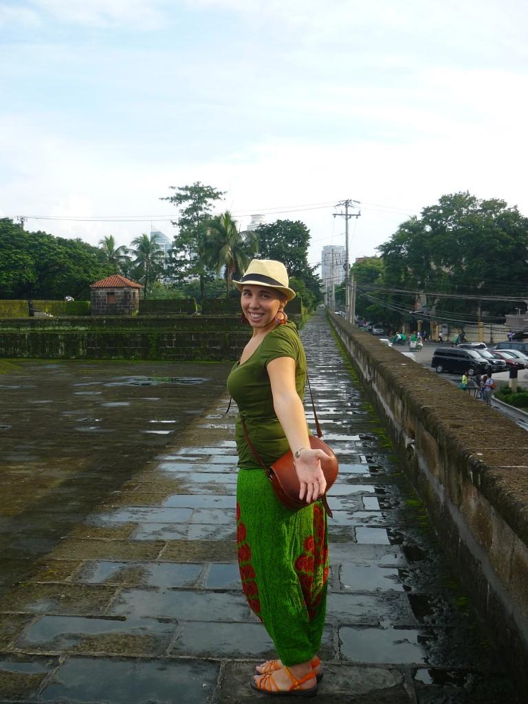 El español en Intramuros, Manila