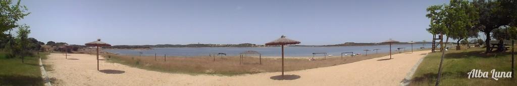 La playa de Cheles en Extremadura