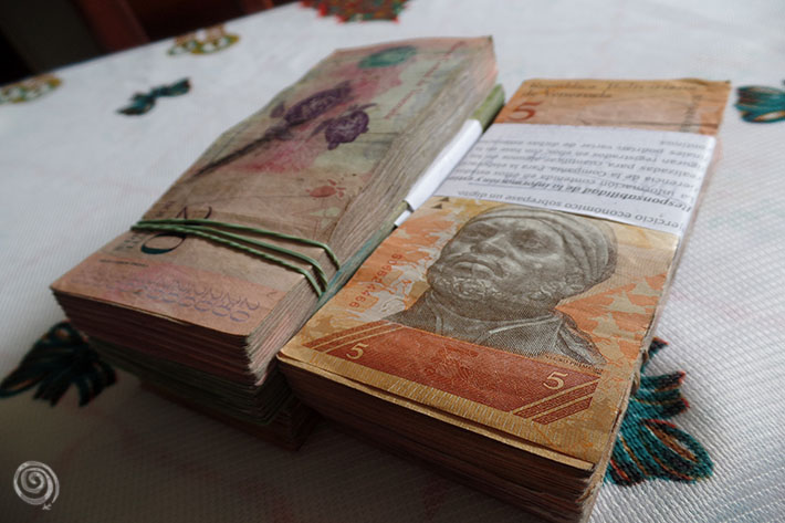Money to travel around Venezuela